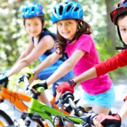 Kids auf Bikes